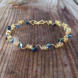Bracelet Adjustable Brass Wire and Blue Crystal Bicone Bead